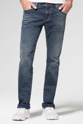 Jeans NI:CO mit Vintage-Waschung und breiten Nähten