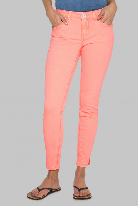 Coloured Denim MI:RA mit Cropped Leg