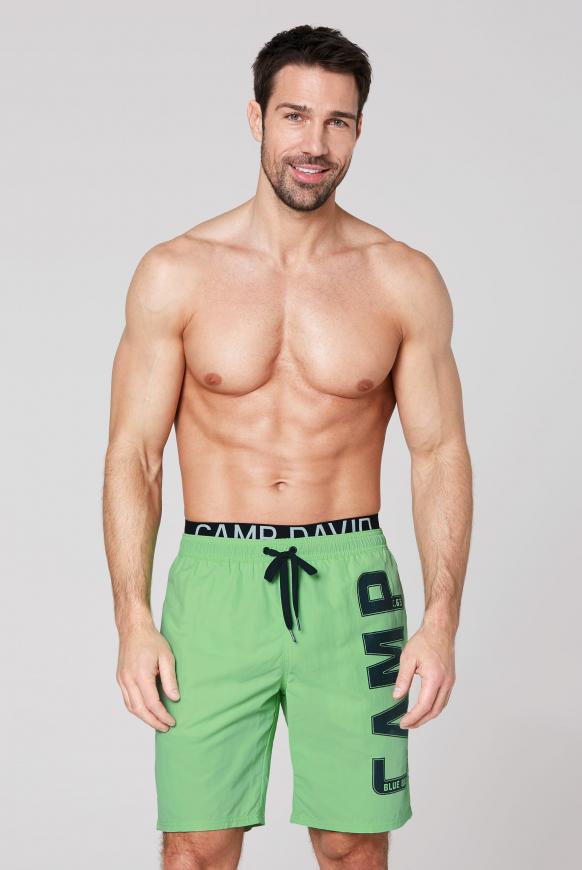 Badeshorts mit Doppelbund und Logo kiwi green