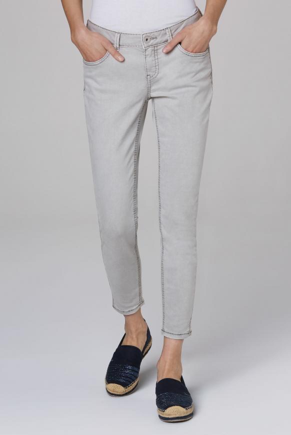 Coloured Denim MI:RA mit verkürztem Bein light grey