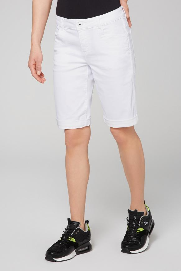 Coloured Jeansshorts BE:BY mit Seitentape opticwhite