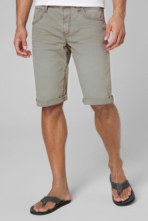 Coloured Skater Shorts RO:BI light olive