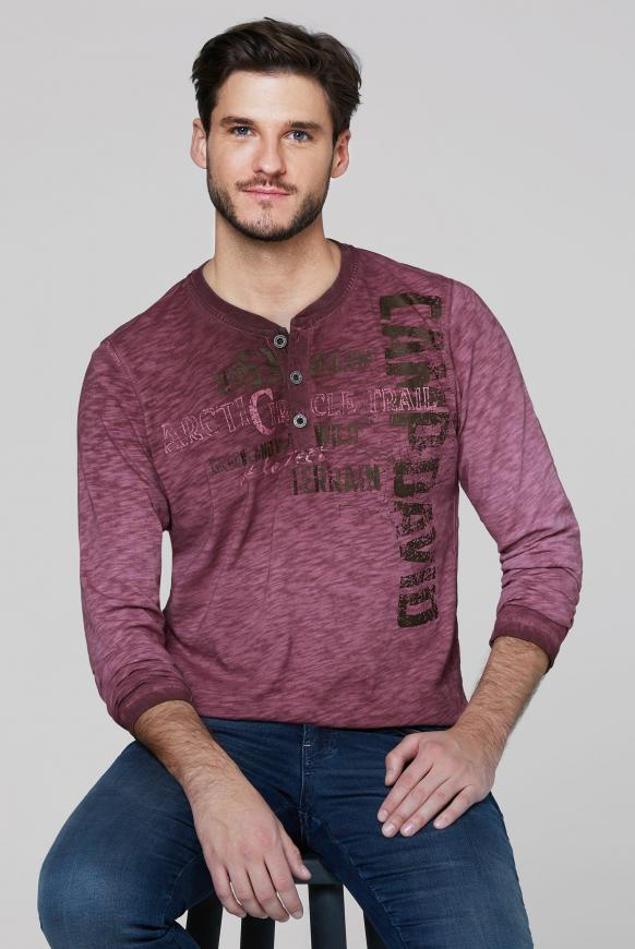Henley-Shirt aus Flammgarn mit Used Prints rebel red