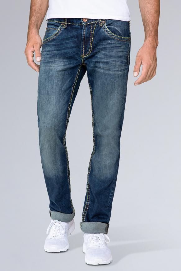 Jeans NI:CO mit Used Look, Regular Fit dark used