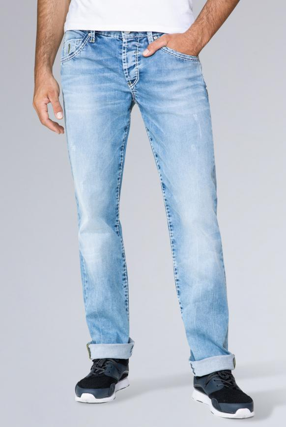 Jeans RO:BI mit Used-Optik und Knopfverschluss light blue used