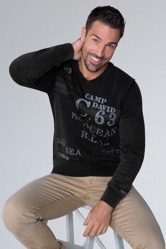 Pullover mit V-Neck und Vintage Print black