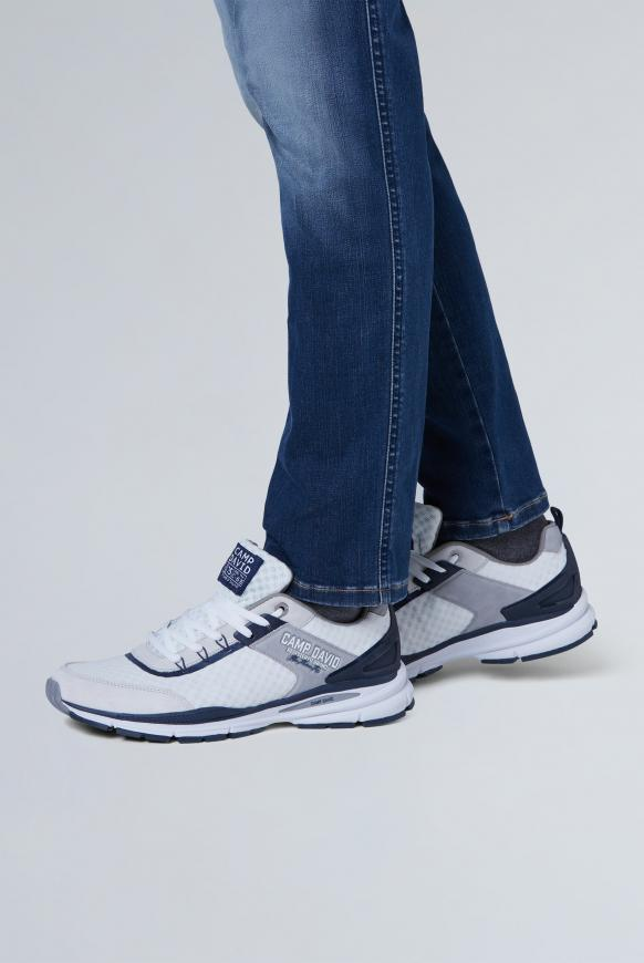 Running Sneaker aus Mesh white