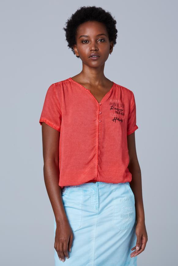 Serafino-Bluse Oil Dyed mit Artwork red summer