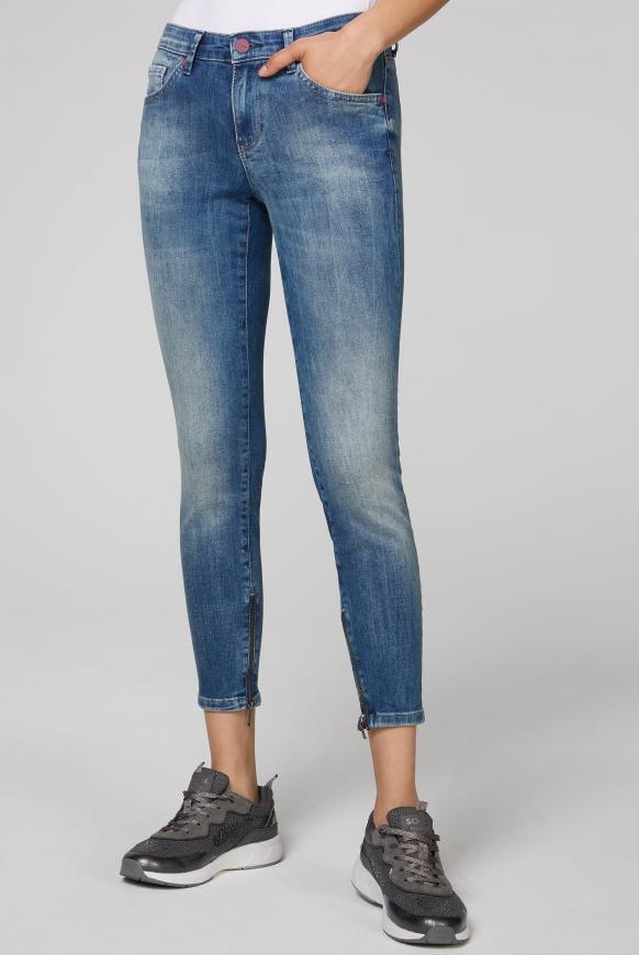 Slim Fit Jeans MI:RA mit Label Prints hinten vintage blue printed