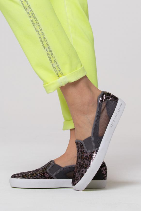Sneaker im Ballerina-Stil mit Mesh-Einsätzen leo