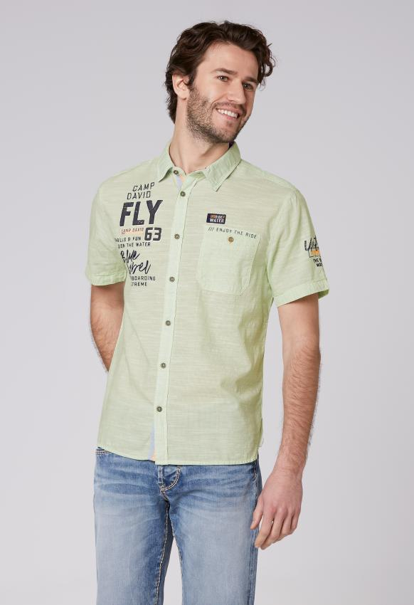 Streifenhemd mit Label-Applikationen kiwi green