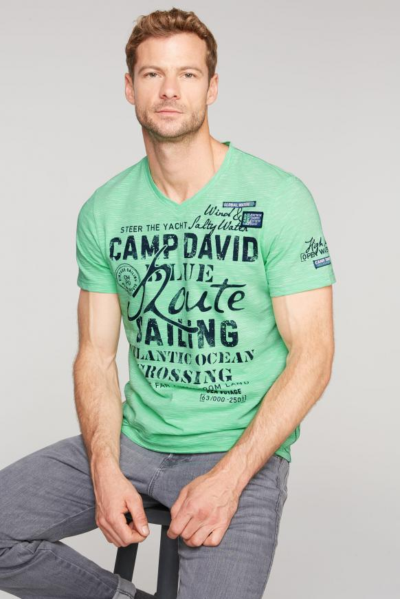 Streifenshirt mit V-Neck und Label Prints green ocean