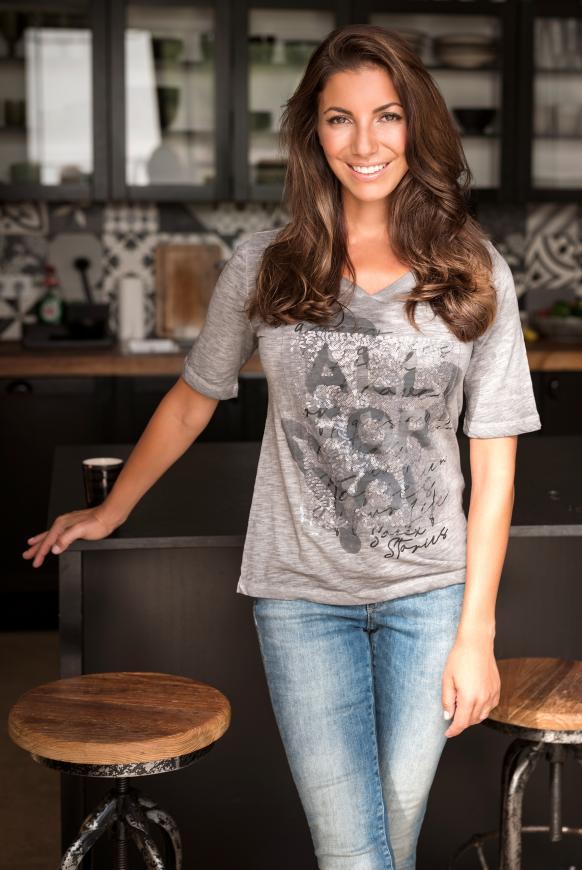 T-Shirt mit All Over Print und Artwork dark ash