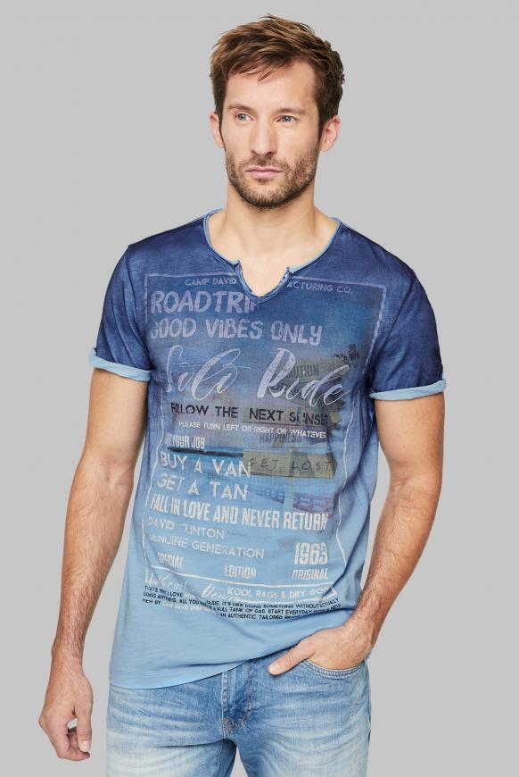 T-Shirt mit Dip-Dye-Effekt und Photoprint morning sky