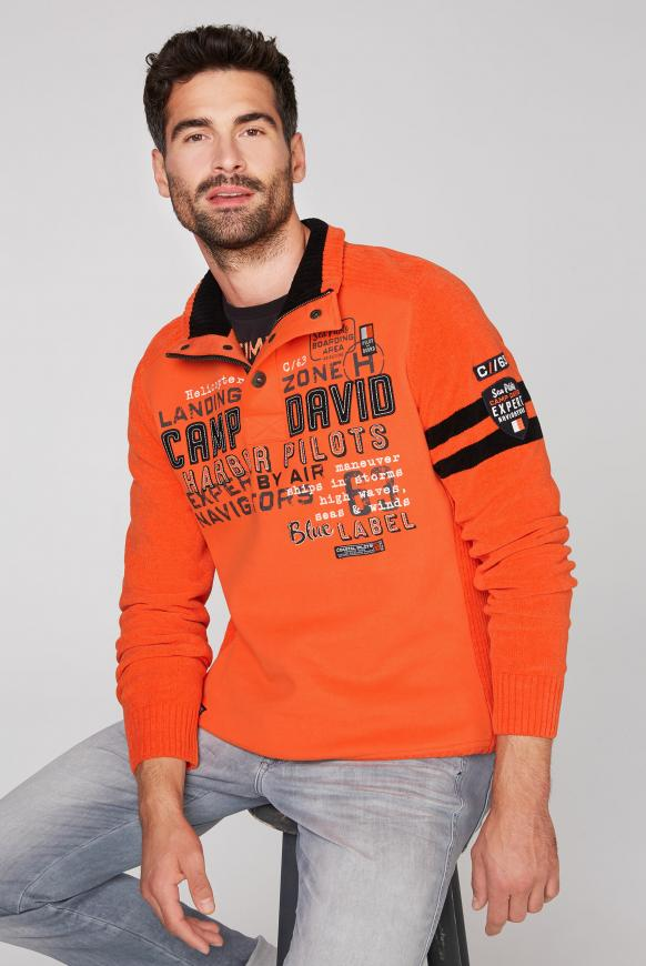 Troyer-Pullover im Materialmix mit Artwork signal orange
