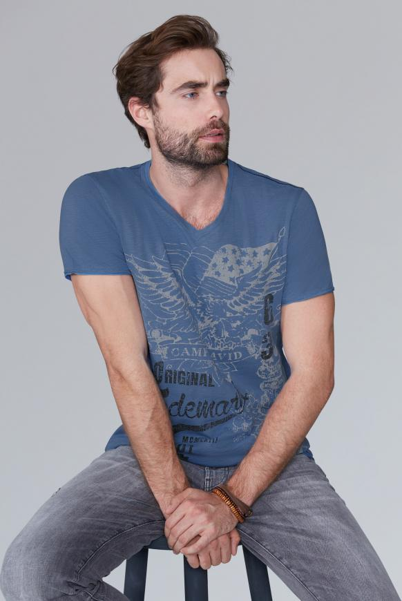 V-Shirt aus Slub Yarn mit Vintage Print sky blue