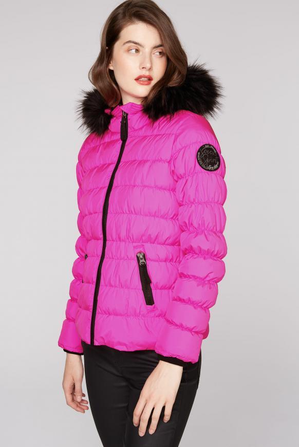 Winterjacke mit gesmokten Nähten und Fake Fur electric magenta