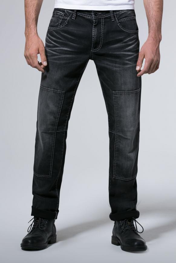 Worker Jeans WI:LL mit Moustache-Effekten und Patch