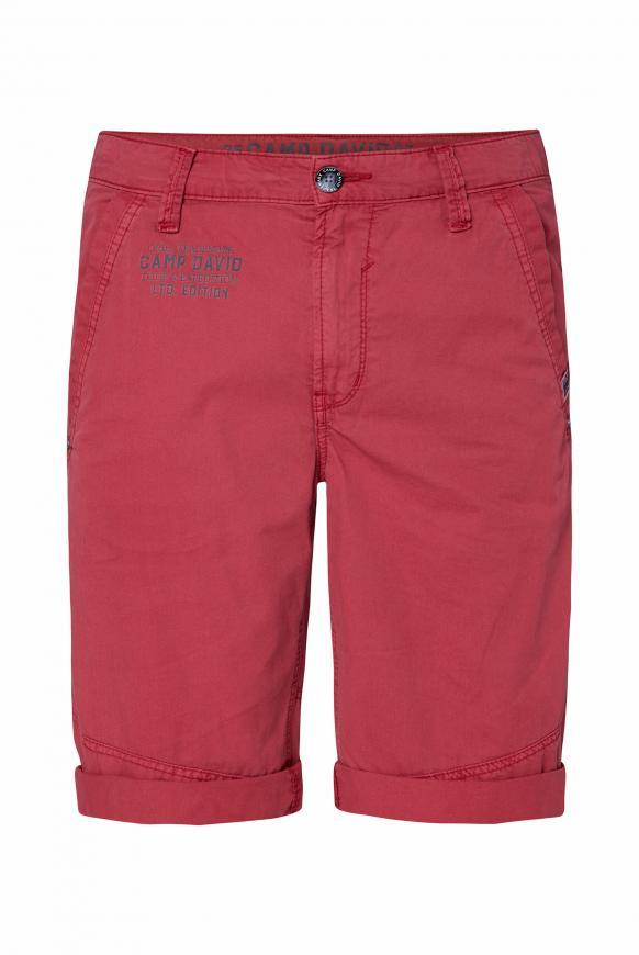 Chino Shorts mit Back Print berbere red