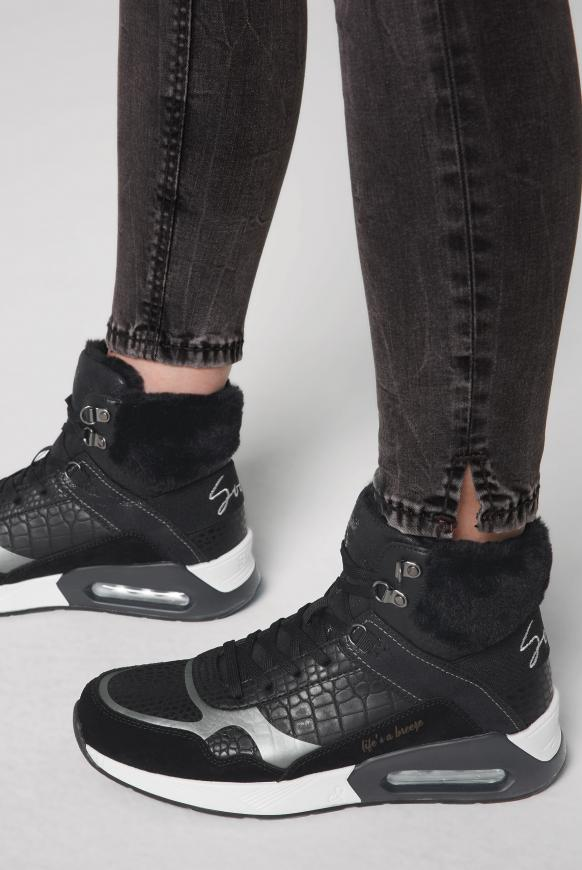 High-Top Sneaker im Materialmix black