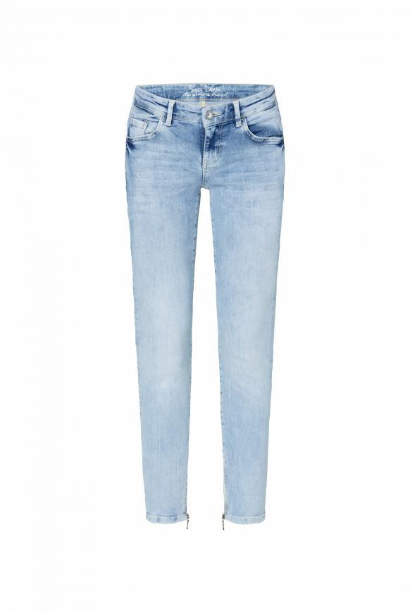 Jeans MI:RA mit Used-Waschung und Prints light used