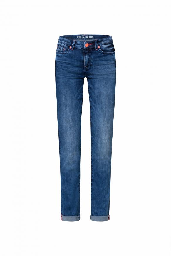 Jeans RO:MY mit Used-Optik und Kontrastknopf medium blue used