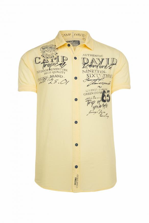 Kurzarmhemd mit plakativen Logo-Applikationen mild yellow