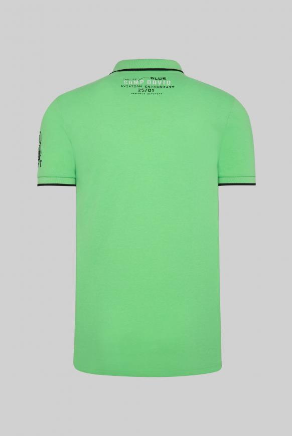 Poloshirt aus Pikee mit Label-Applikationen tech green