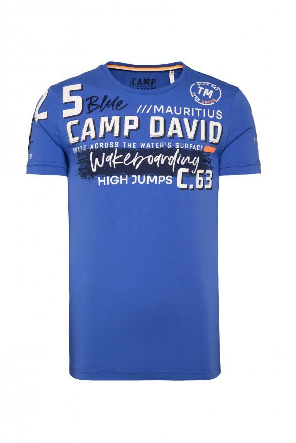 T-Shirt mit vielen Label-Applikationen action blue
