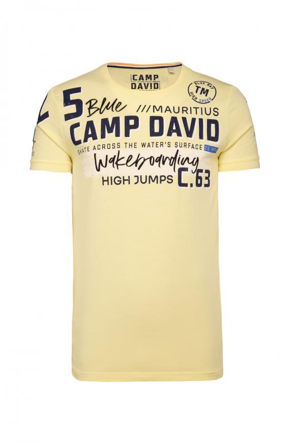 T-Shirt mit vielen Label-Applikationen bleached sun