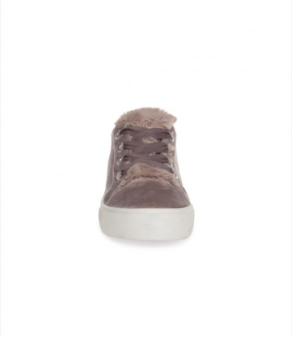 Veganer Plateau Sneaker in Samtoptik soft plum