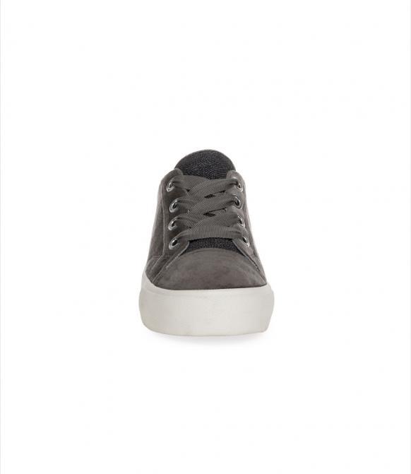 Veganer Plateau Sneaker in Samtoptik winter grey
