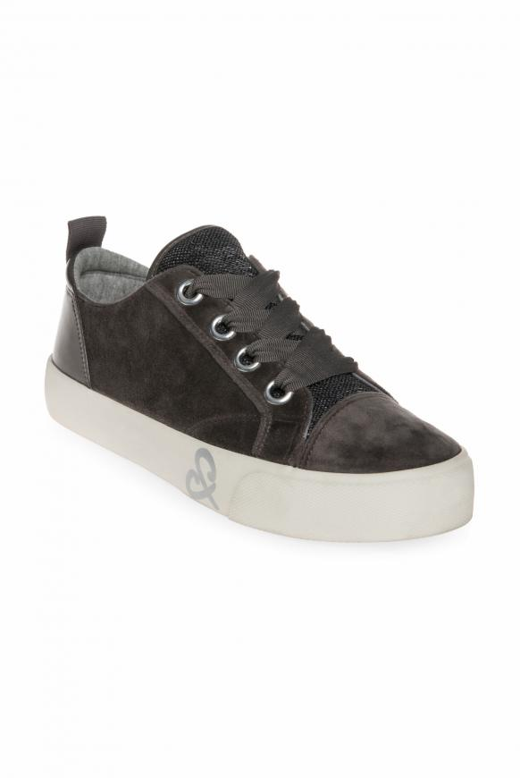 Veganer Plateau Sneaker in Samtoptik winter grey