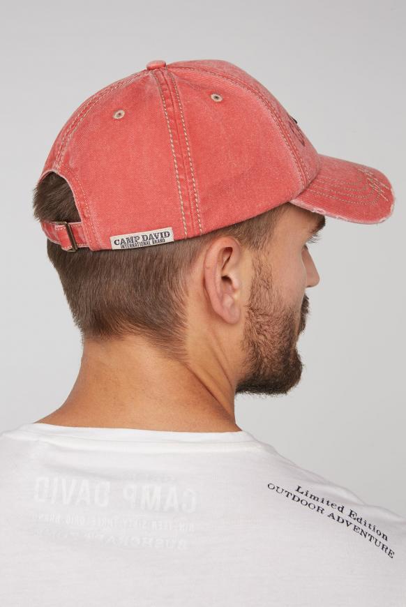 Base Cap mit Artwork und Used-Optik