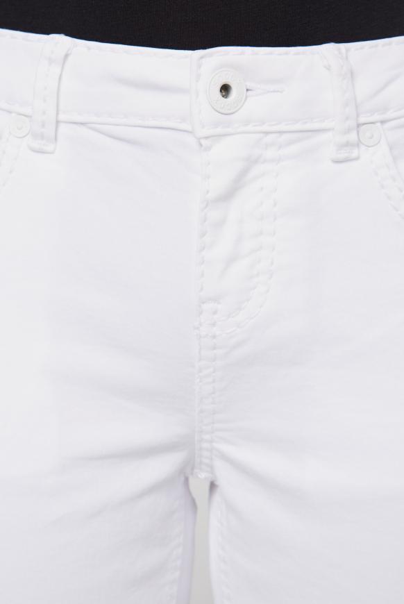 Coloured Jeans MI:RA mit tonigen Nähten