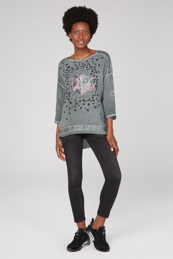 Oversized-Bluse mit Pailletten und Artwork