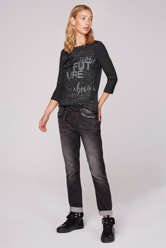 Shirt mit U-Boot-Ausschnitt und Artwork