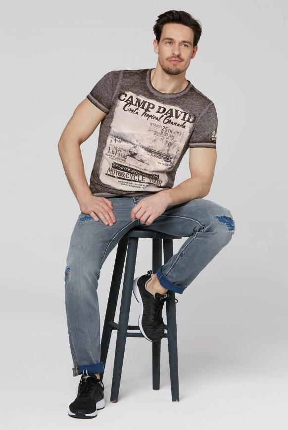 T-Shirt mit Photoprint und Ausbrennern