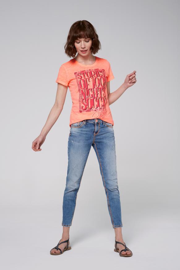 T-Shirt Oil Dyed mit Artwork