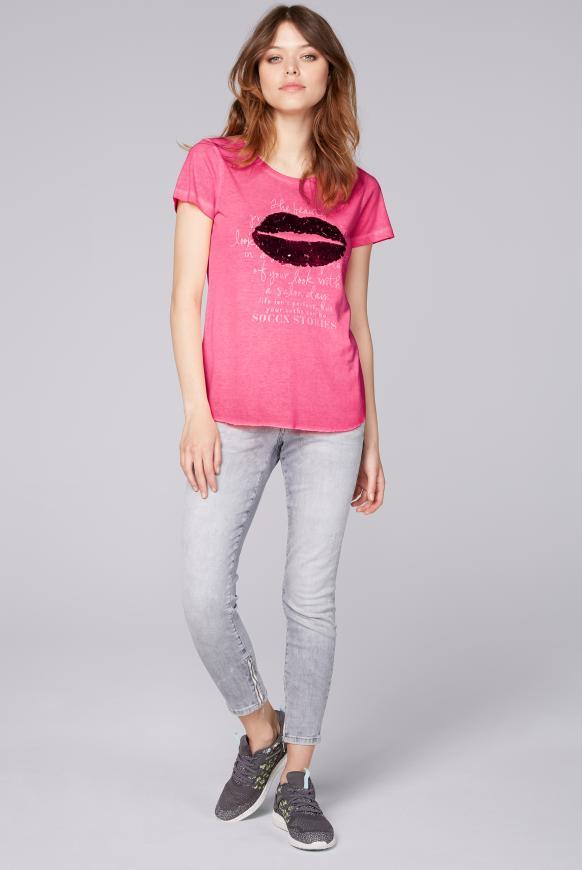 T-Shirt Oil Dyed mit Pailletten-Artwork