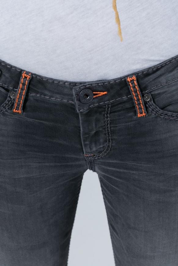 Jeans CO:LE in Used-Optik und Bootcut