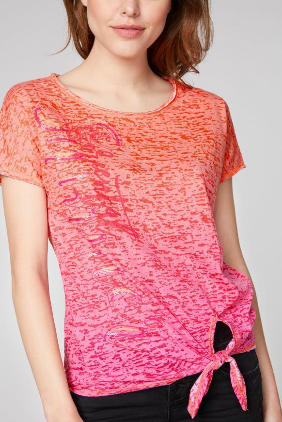 Knotenshirt mit Ausbrennern und Artwork