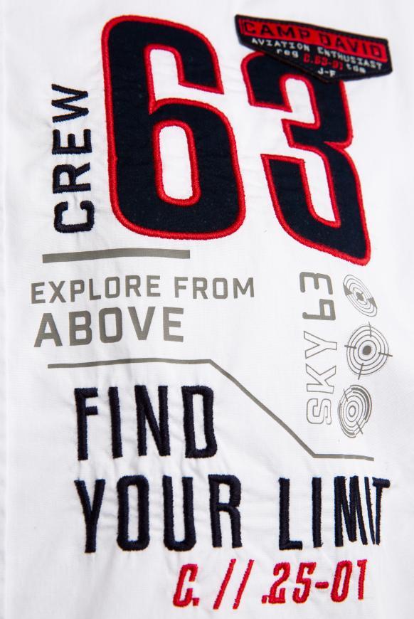 Kurzärmliges Hemd mit Label-Applikationen