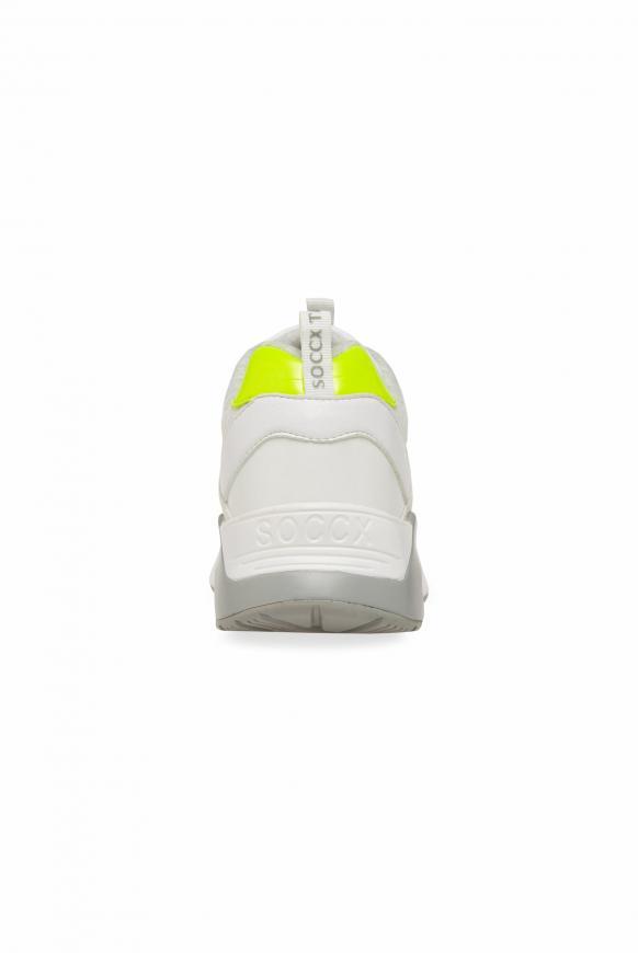 Sneaker im Materialmix mit Keilabsatz
