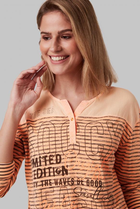 Streifenshirt im Materialmix