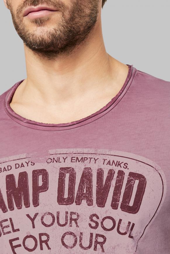 T-Shirt mit Used-Optik und Print Artworks