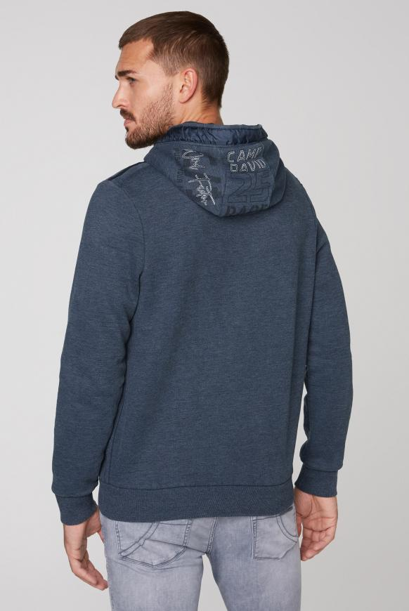 Kapuzensweater mit Label-Applikationen