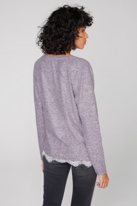Pullover mit Spitzensaum