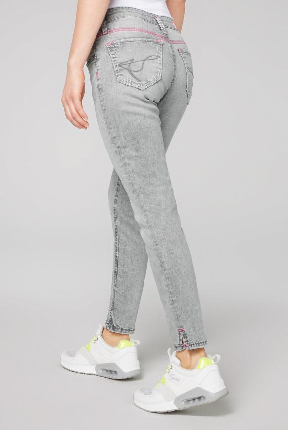 Slim Fit Jeans KI:RY mit Kontrastnähten