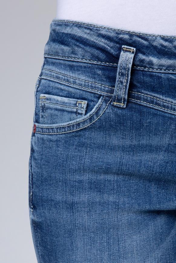 Jeans KA:RA in dark used mit Doppelknopf